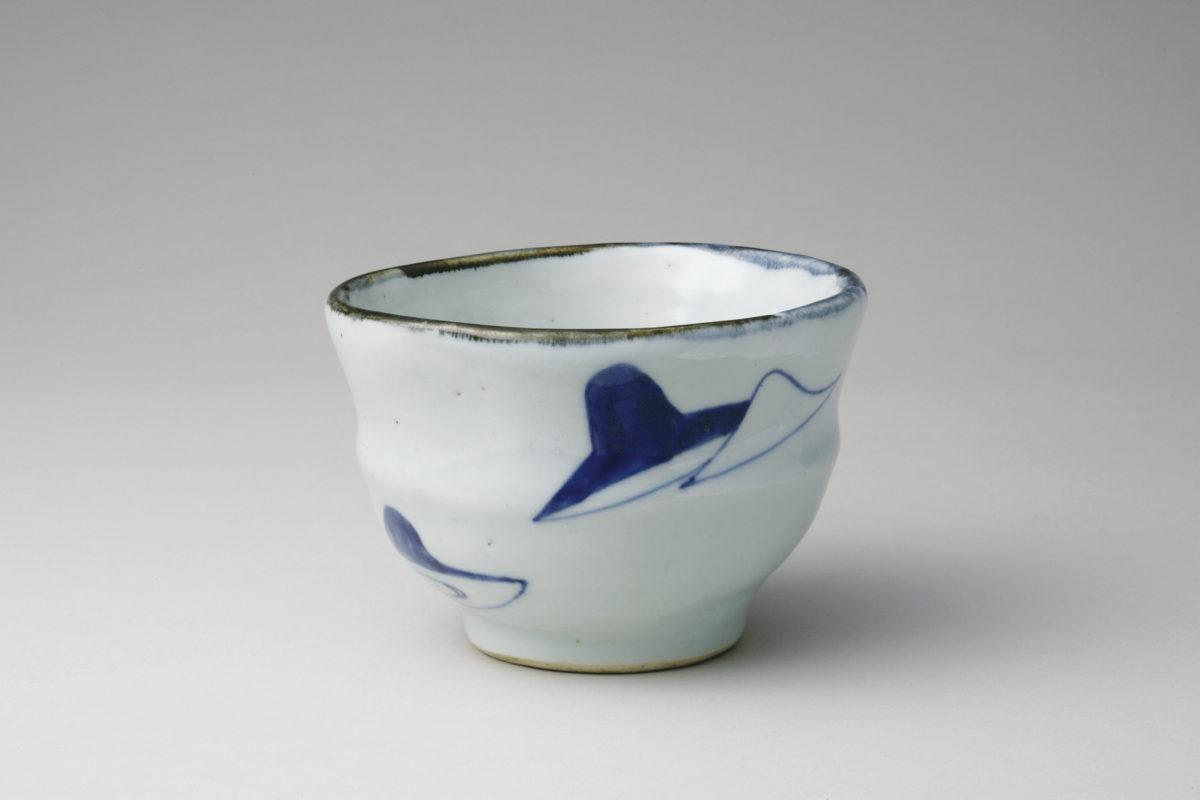《古染付笠絵茶碗》17世紀 石洞美術館蔵