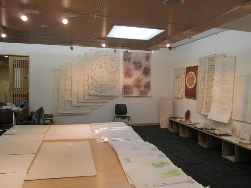 小津ギャラリー「工芸和紙展」の時の様子