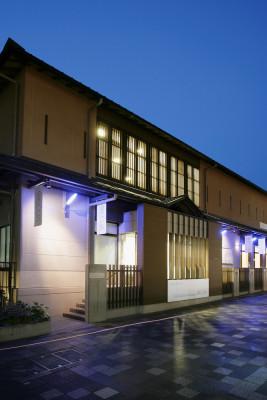 京都市立芸術大学 ギャラリーアクア